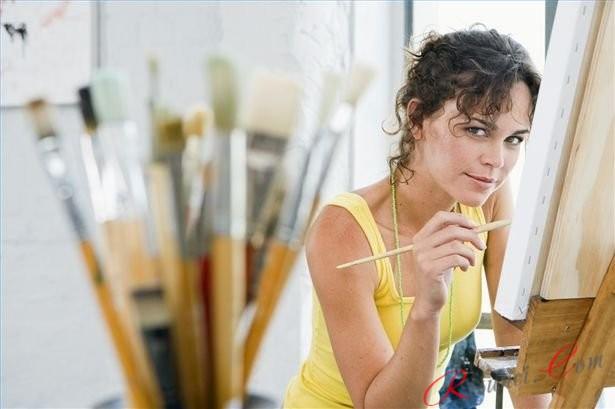 девушка художница