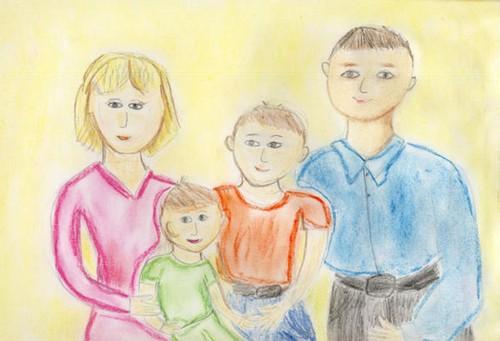 нарисованная карандашом семья