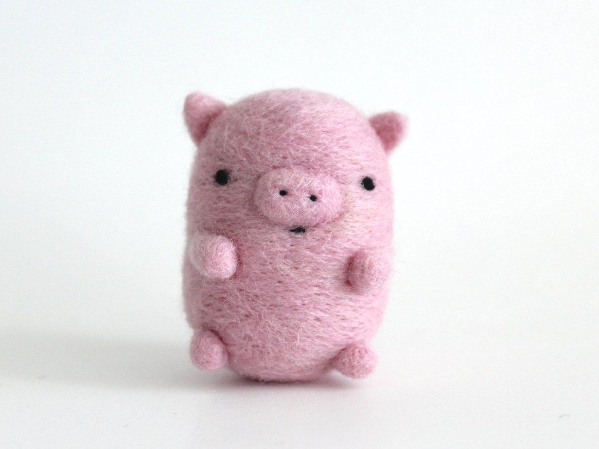 свинка из войлока (валяной шерсти) фото 1